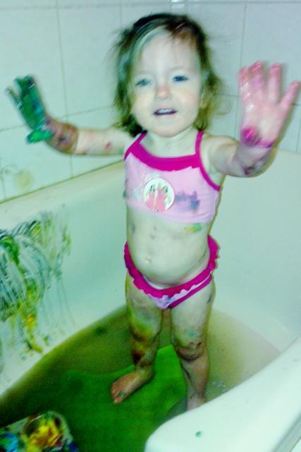 home made bath paint yoghurt - mamaliefde